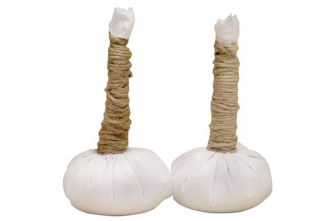 Potli massage therapy